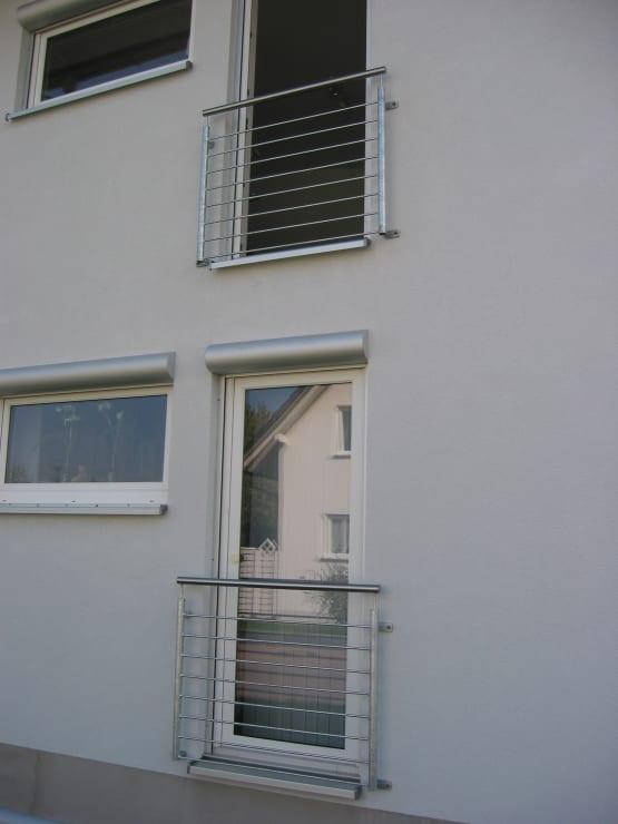 Französischer Balkon gefertigt aus Edelstahl mit Füllstäben