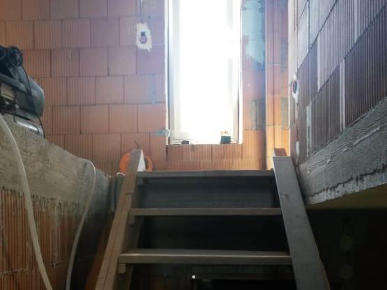 Bautreppe im Rohbau